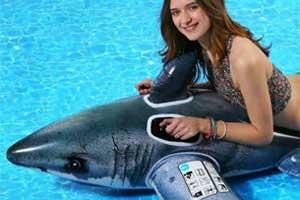 flotadores-de-animales-tiburon